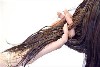 髪の毛からも有害物質を排出